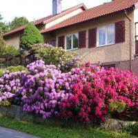Compact Living, hotell i Danderyd