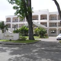 Hotel PomMarine, отель в Бриджтауне
