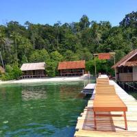 Best Rajaampat Homestay, hotel in Pulau Mansuar