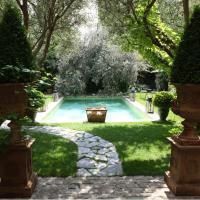Jardins Secrets, hotel in Nîmes