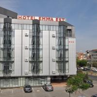 Hotel Emma Est, отель в Крайове