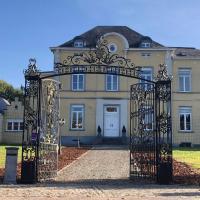 Kasteel B&B Sint-Bartel, hotel in Geraardsbergen