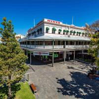 Hides Hotel, hotel in Cairns