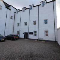 Balvenie Apartment, hotel in Nairn