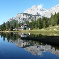 Albergo Chalet Lago Antorno, hotel en Misurina