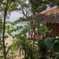 Jungle Hill Beach Bungalow, hotel in Ko Jum