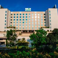 Lemon Tree Premier City Center Pune, hotel in Pune