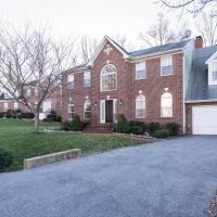Superb Basement close to the Gaylord MGM Outlets National Harbor, hotel in Fort Washington