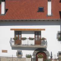 Casa rural Ornat Etxea, hotel en Vidángoz