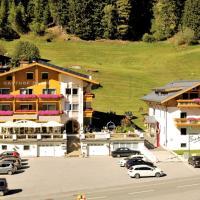 Gasthof Burkert, hotel in Oetz