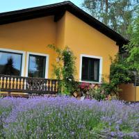 Sulamith Ferienhaus mit Garten, hotel in Sankt Kathrein am Offenegg