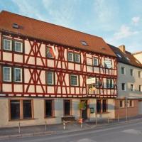 Hotel Goldener Karpfen, hotel in Aschaffenburg