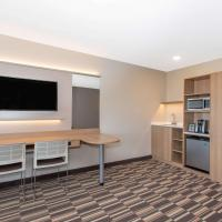 Microtel Inn & Suites by Wyndham Limon, hotel in Limon
