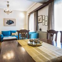 Amazing 2 storey apartment for 7 people in Thessio