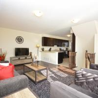 Townhome Collection By Royal Stays - Milton ON, hotel in Milton