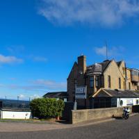 GOLF View Hotel & Macintosh Restaraunt