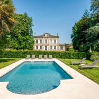 Montignac-le-Coq Chateau Sleeps 12 Pool