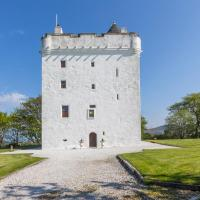 West Kilbride Chateau Sleeps 14 WiFi