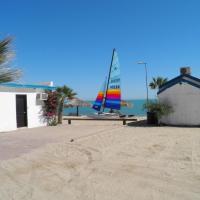 #40 Bungalow Seaside Hotel & Victors RV Park, hôtel à San Felipe
