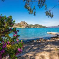Alanya Villa Sleeps 2 Air Con WiFi, hotel in Turgut