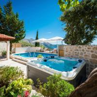 Brasina Villa Sleeps 6 Pool Air Con WiFi