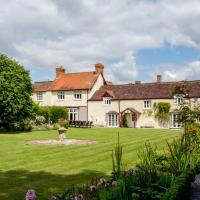 Cossington Chateau Sleeps 16 WiFi