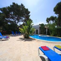 Cala d'Or Villa Sleeps 8 Pool WiFi