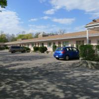 Clarkson Village Motel, hotel em Mississauga