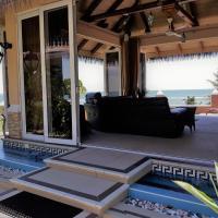 Au Fond De Mer View, hotel in Anse Royale