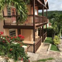 Trilogy Villas, hotel in English Harbour Town
