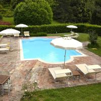 Montemaggiore al Metauro Villa Sleeps 14 Pool WiFi