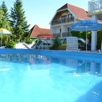 Silatti Panzió-Apartmanház, hotel in Keszthely