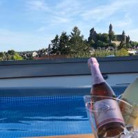Ferienwohnung Schlossblick - Wellness privat, 4 Sterne, hotel in Braunfels