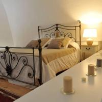 ARCOBELLO Suite Rooms, hotel a Castellana Grotte