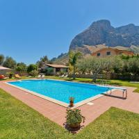 Lovely Child-friendly Villa with Swimming Pool in Cinisi, hotel near Falcone-Borsellino Airport - PMO, Cinisi