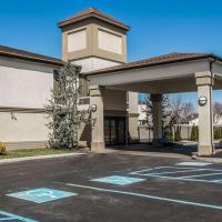 Quality Inn & Suites NJ State Capital Area, hotel near Trenton-Mercer Airport - TTN, Morrisville