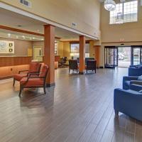 Comfort Suites Roanoke - Fort Worth North, hotel in Roanoke