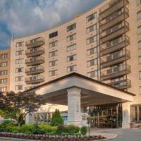 Clarion Collection Hotel Arlington Court Suites, hotel in Arlington
