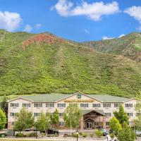 Quality Inn & Suites On The River, hotel in Glenwood Springs