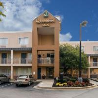 Quality Inn Newark, hotel near New Castle Airport - ILG, Newark