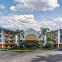 Comfort Inn & Executive Suites Naples, hotel in Naples