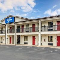 Rodeway Inn, hotel in La Grange