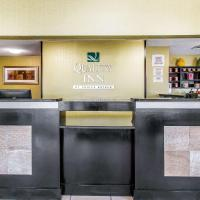 Quality Inn Hinesville - Fort Stewart Area, Kitchenette Rooms - Pool - Guest Laundry, hotel in Hinesville