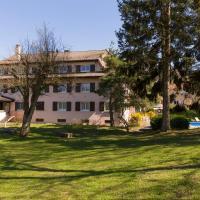 The Originals City, Hôtel Rey du Mont Sion, Saint-Julien-en-Genevois Sud (Inter-Hotel), hotel in Saint-Blaise