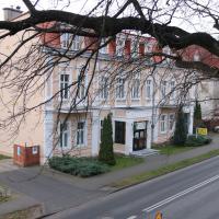 Hotel Polonia, отель в городе Хойнице