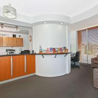 Comfort Inn & Suites Northgate Airport Motel, hotel near Brisbane Airport - BNE, Brisbane