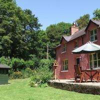 Wood Cottage, Stackpole Estate - NT