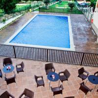 Apartamentos Los Olivos, hotel en Alcalá del Júcar