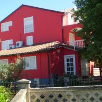 Apartments Branka, hotel in Zambratija