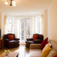 Spacious 2 Bedroom Home in Edinburgh